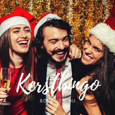 Bingo bij kerst borrel met bedrijfsuitje en collega's